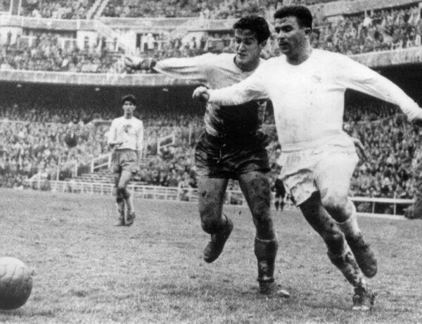 De onvoltooide voetbalrevolutie van de Magische Magyaren 1950-1956 (6)